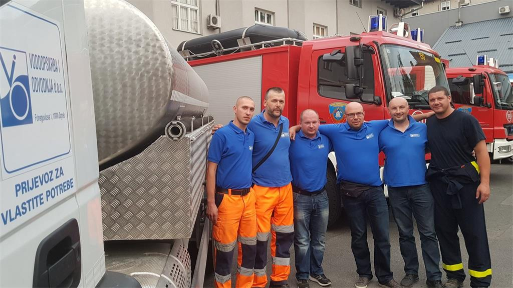 Employees of Vodoopskrba i odvodnja participated in giving help to Split threatened area